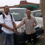 Foto Penyerahan Unit 10 Sales Marketing Mobil Dealer Daihatsu Semarang Arif