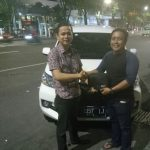 Foto Penyerahan Unit 4 Sales Daihatsu Marketing Daihatsu Surabaya Eryk