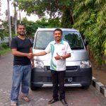 Foto Penyerahan Unit 4 Sales Marketing Mobil Dealer Daihatsu Gresik Dhani Astra