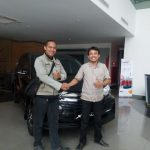 Foto Penyerahan Unit 5 Sales Marketing Mobil Dealer Daihatsu Gresik Dhani Astra