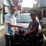 Foto Penyerahan Unit 6 Sales Marketing Mobil Dealer Daihatsu Imam