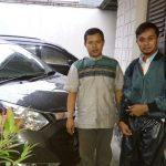 Foto Penyerahan Unit 7 Sales Marketing Mobil Dealer Daihatsu Bandung Asep