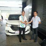 Foto Penyerahan Unit 8 Sales Daihatsu Marketing Daihatsu Surabaya Eryk