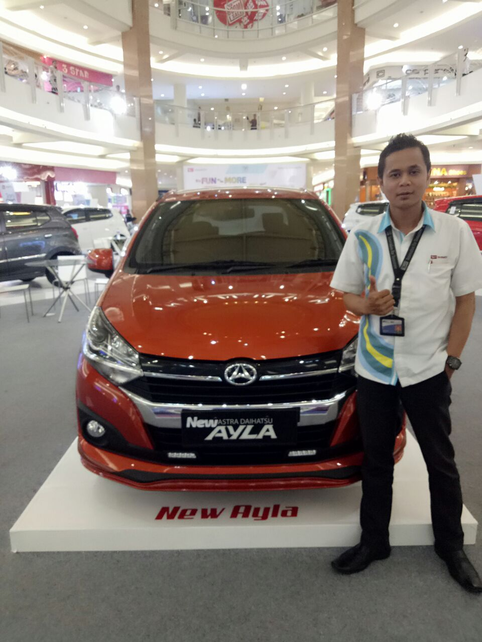 Sales Daihatsu Marketing Daihatsu Surabaya Eryk