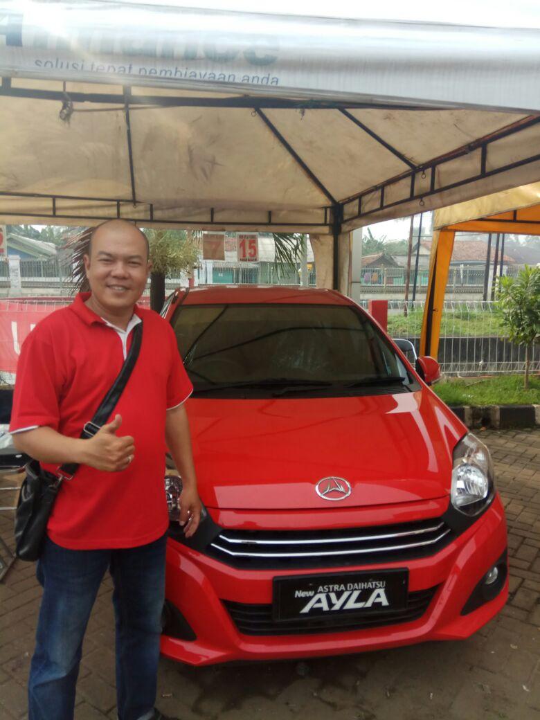 Sales Marketing Mobil Dealer Daihatsu Jimmy