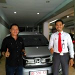 Foto Penyerahan Unit 11 Sales Marketing Mobil Dealer Honda Makassar Ukhy